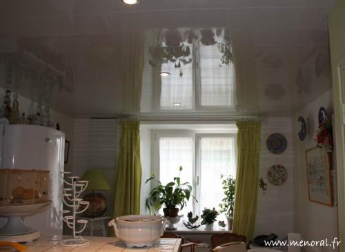 Plafond aluminium blanc brillant réalisé par Menoral