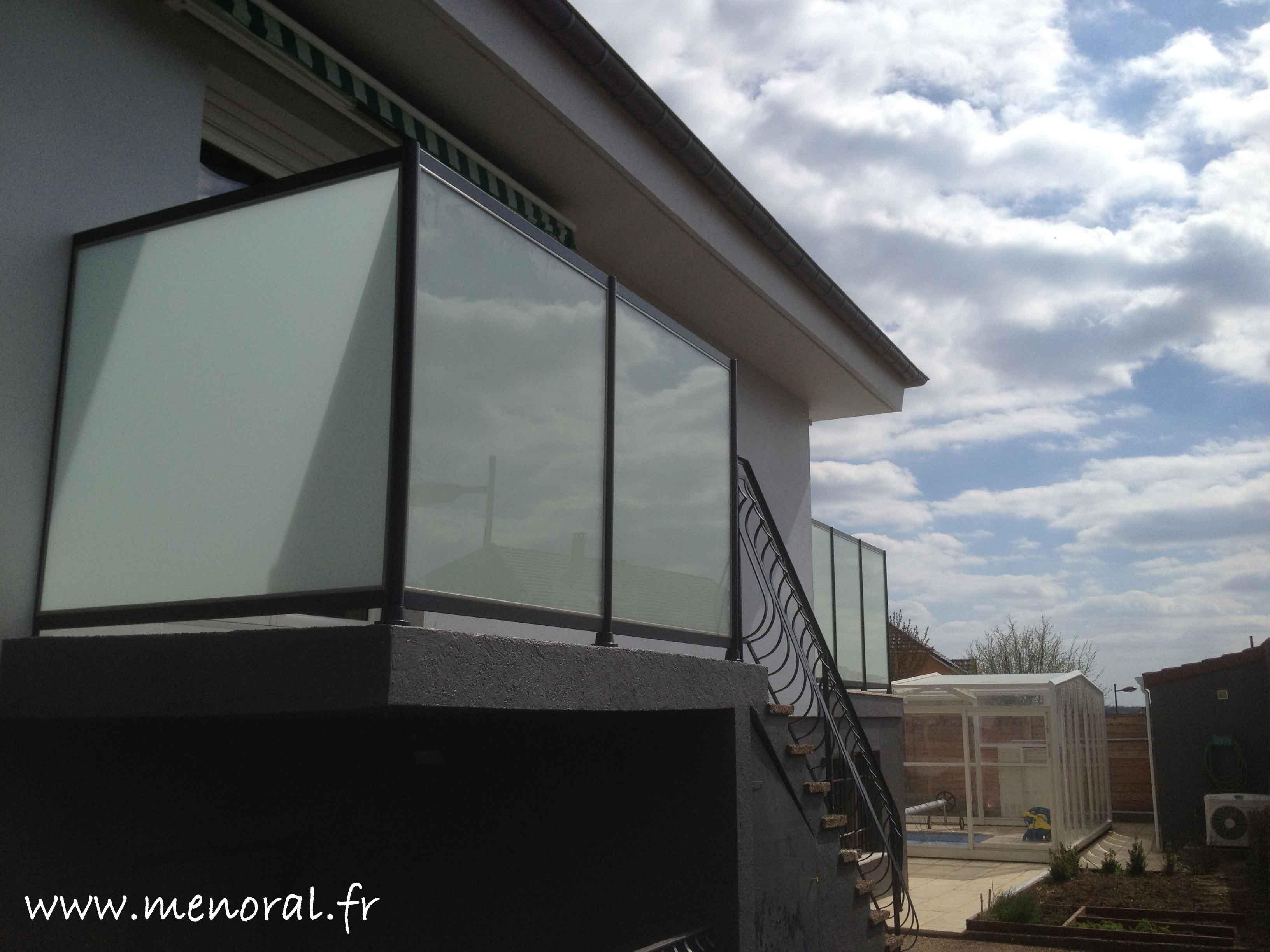 Pare vue en verre opaque en moselle et au luxembourg menoral for Brise vue verre depoli