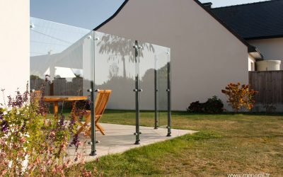 Pare-vent en verre Modèle Deauville réalisé à Carnac.
